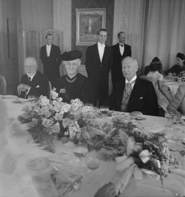 Hochzeit de Reynier-Guggisberg, Chemin du Levant 15, Lausanne in Bern (Hochzeit im Münster, Essen im Bellevue ?) (Tochter von Prof. Dr. med. Hans Guggisberg, Direktor des Frauenspitals)