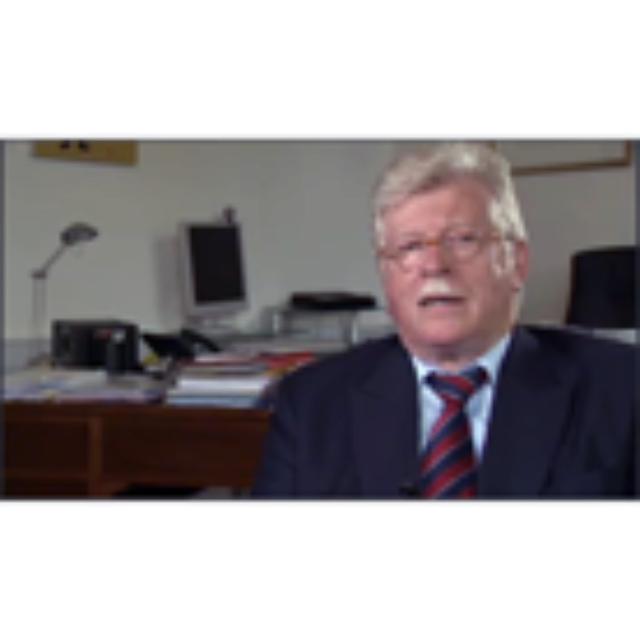 Fust, Walter, Zeitzeugnis vom 15.06.2009, Videoband 238-04, interviewt durch Gull, Thomas, deutsch, Dauer: 31:36