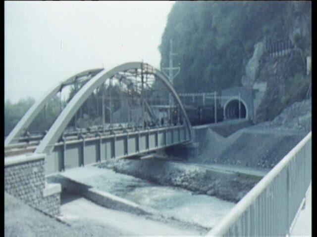 Eisenbahnbrücke Gäsi