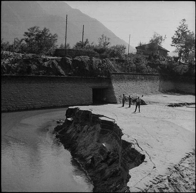 Costruzione della vasca di carico della Centrale idroelettrica di Ponte Brolla