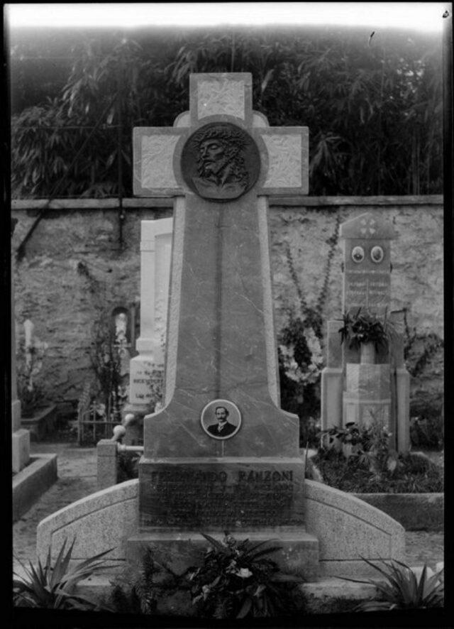 Monumento cimiteriale alla memoria di Ferdinando Ranzoni