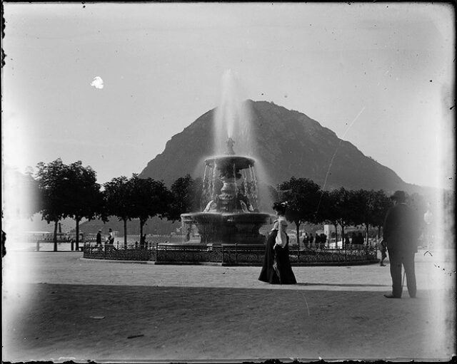 Piazza Rezzonico e fontana Bossi