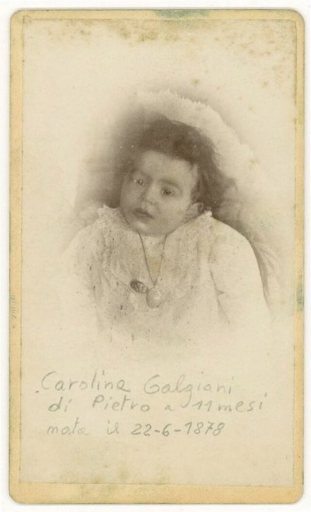 """Carolina Galgiani di Pietro a 11 mesi nata il 22-6-1878"""