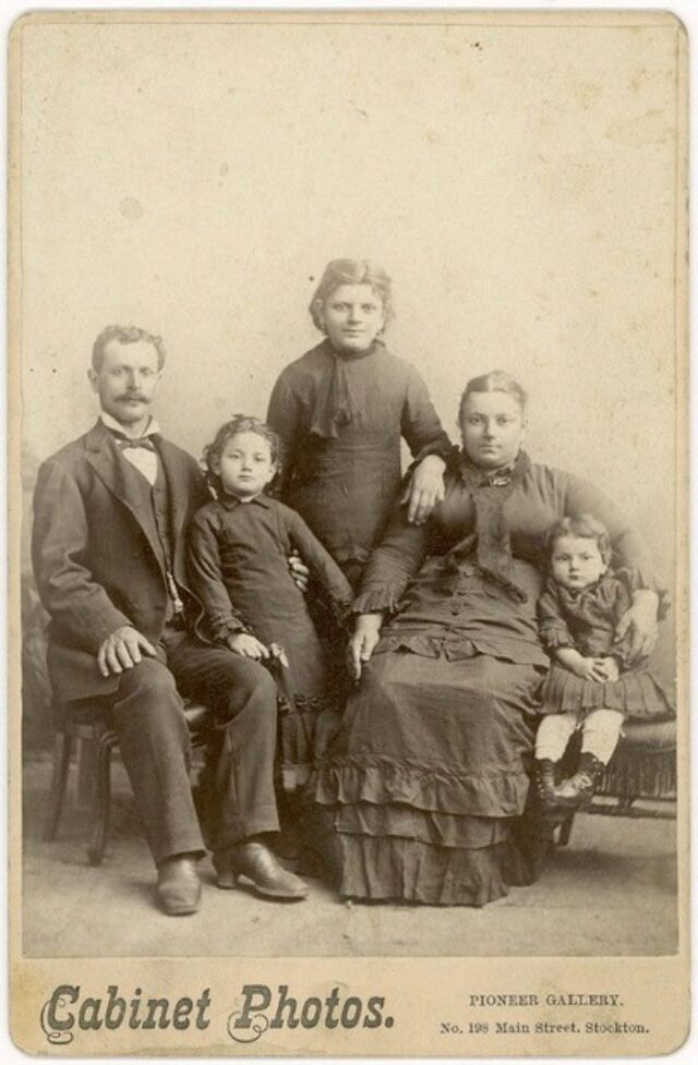 Famiglia [congiunta dei Monotti?]