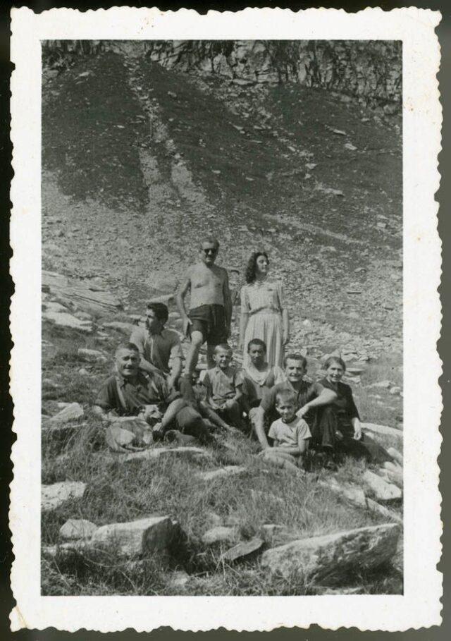 Guglielmo Canevascini e Olinda con un gruppo in montagna