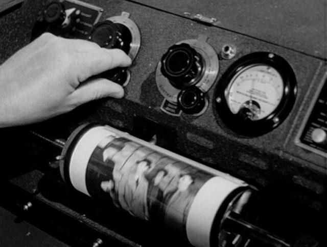 Vallorbe: Trasmissione di immagini radio per l'America . (0144-2)