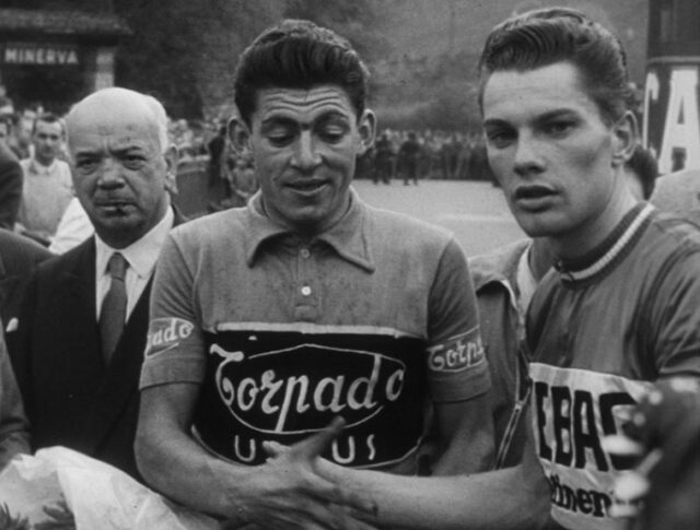 Ciclismo (0692-6)