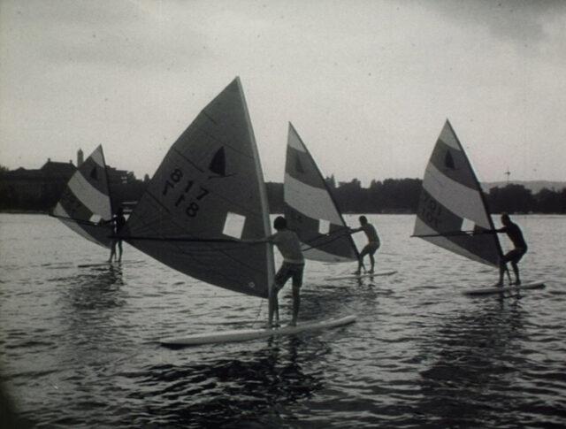 Un nuovo sport nautico: il windsurfing (1520-1)
