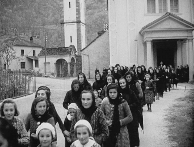 Val Bavona (Tessin): Procession (0093-1)