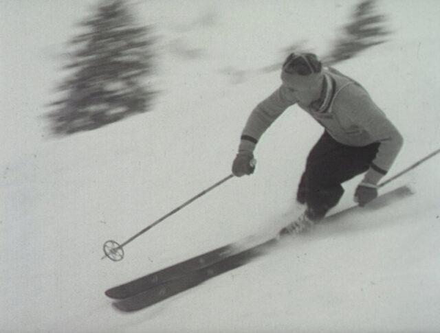 Ski (0560-5)