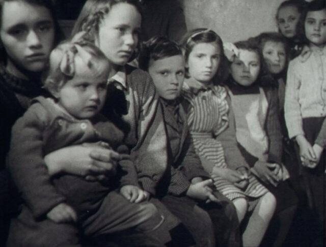 Les réfugiés de Trieste (0603-2)