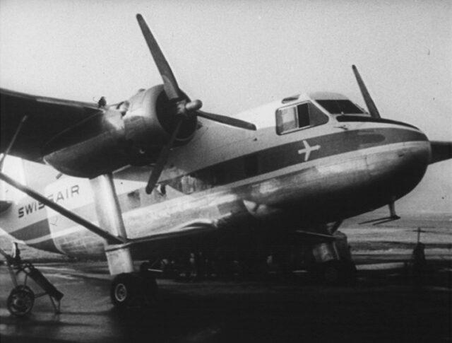 En avion aux sports d'hiver (0757-4)
