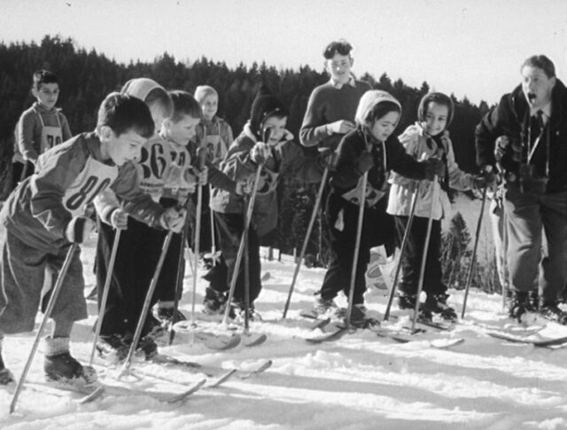 Courses internationales de ski – en miniature (0811-1)
