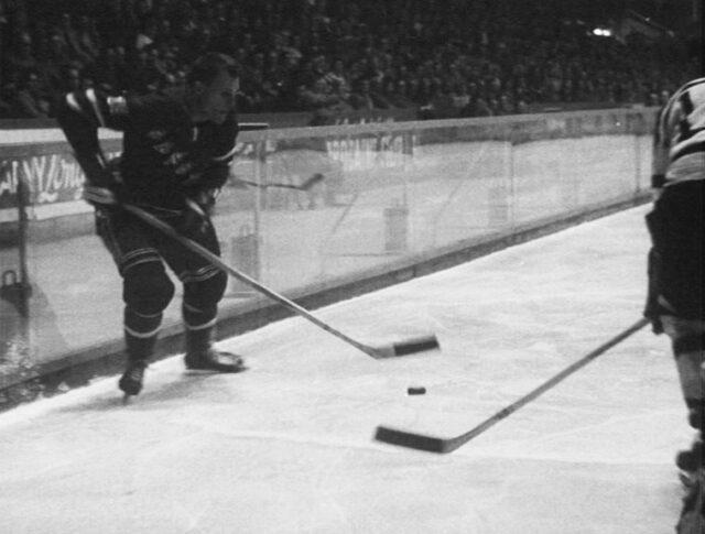 Hockey sur glace éblouissant (0868-4)