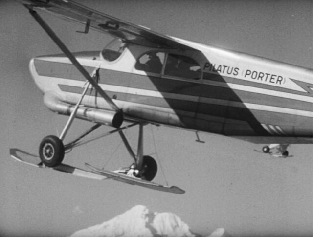Un nouvel avion des glaciers (0907-1)