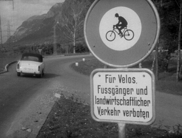 Une autoroute dans la vallée du Rhin (0941-2)