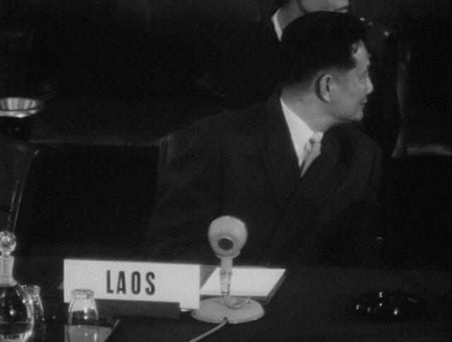La conférence sur le Laos (0968-1)
