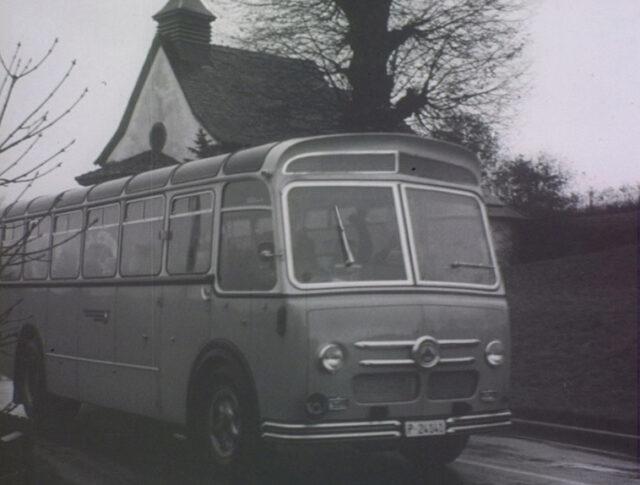Autocar pour invalides (1089-2)