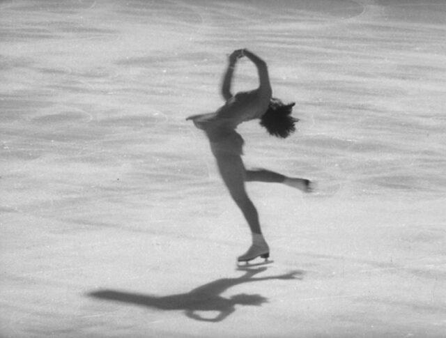 Etincelles en patinage artistique (1203-2)