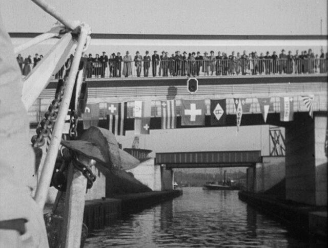 Internationale Fluss-Schifffahrt (0285-1)