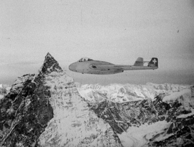 Flieger in den Bergen (0289-2)