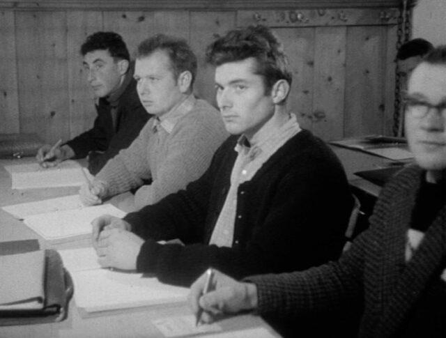 Jungbauern auf der Schulbank (0903-5)