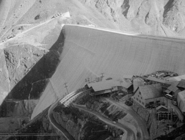Vollendung der Grande-Dixence-Staumauer (0984-2)