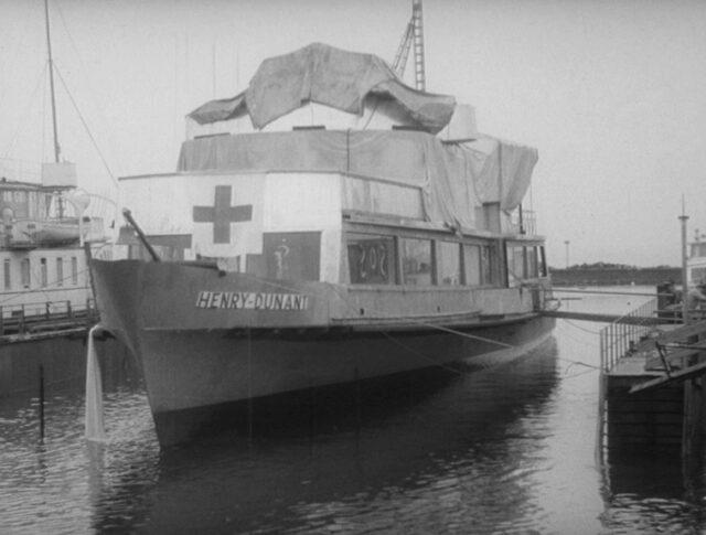 Ein Schiff namens Henri Dunant (1064-5)