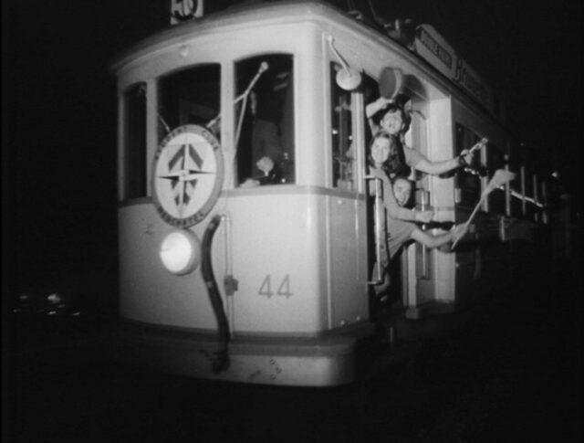 Neuenburger «Tram-Party» (1271-3)