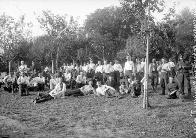 Soldaten nach der Impfung
