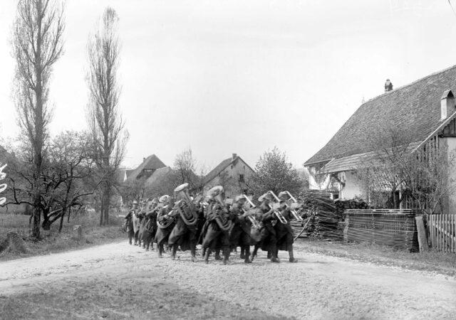 Das Spiel eines Infanteriebataillons auf dem Marsch