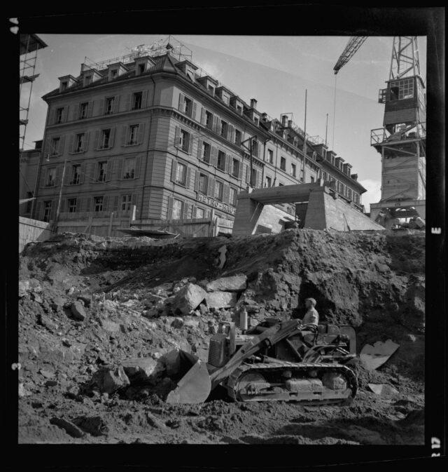 Bern: Entfernung der alten Grabenmauer auf dem Waisenhausplatz