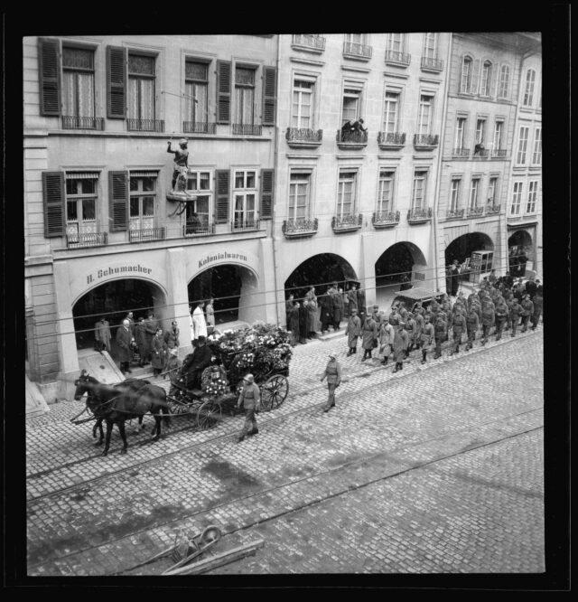 Beerdigung von Korporal Oscar Treier in Bern