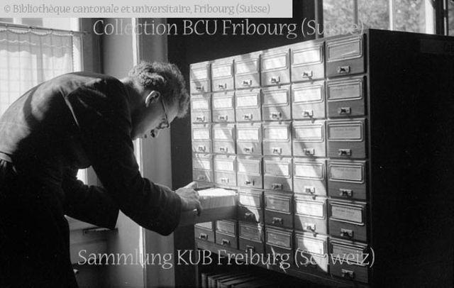 Fribourg: Bibliothèque cantonale et universitaire (BCU): consultation des fichiers