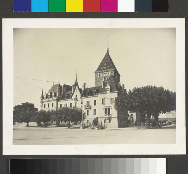 Vue extérieure du château d'Ouchy