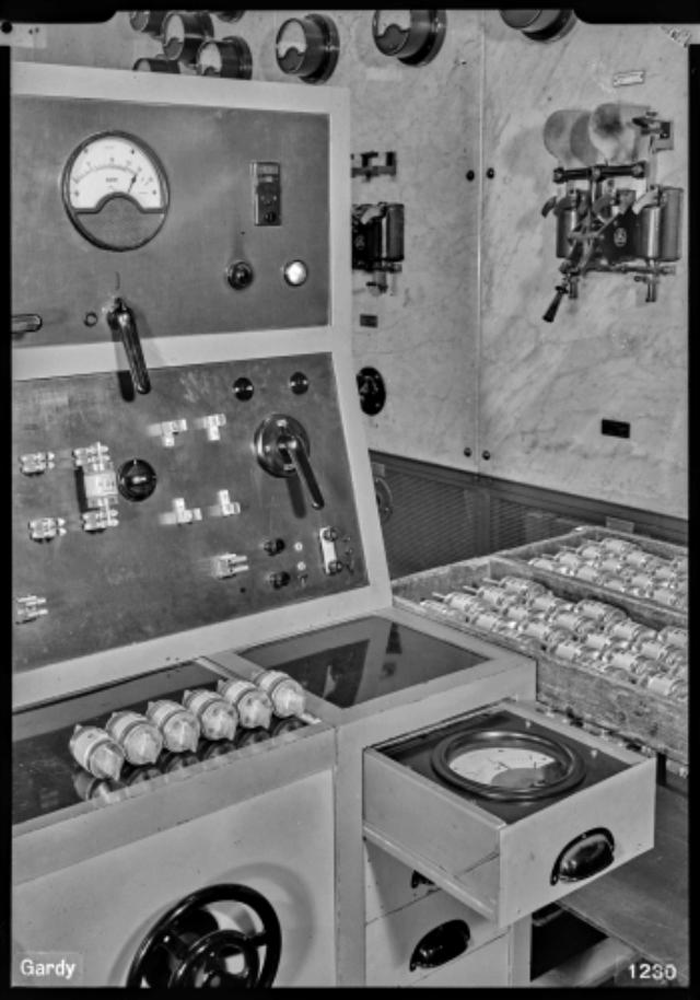 Genève, avenue de la Jonction : laboratoire électrique de l'usine Gardy