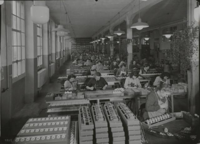 Genève, avenue de la Jonction : atelier de montage de l'usine Gardy