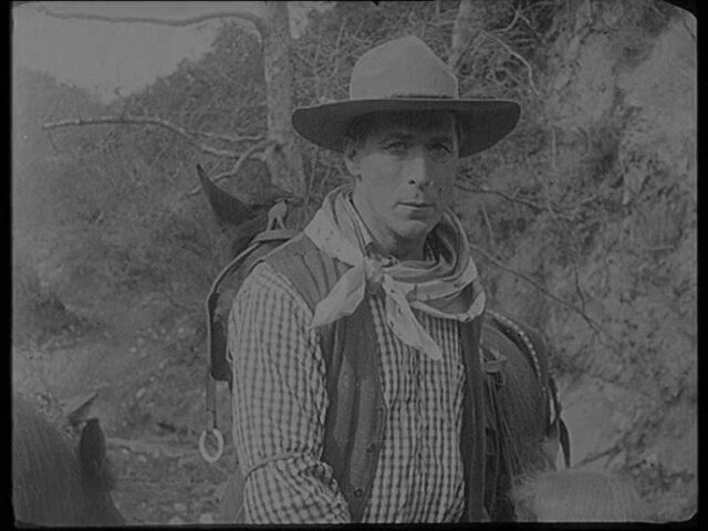 Aus dem Betrieb des Schweizer National Cinema W. LeuzingerFragmente von Kinofilmen um 1919-192