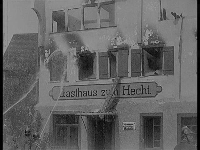 Der Brand in Altdorf. Gasthof zum Hechten. [Altendorf SZ]