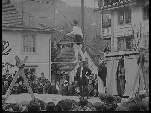 [Fastnacht in Wald (ZH) 1925 - Darbietungen des Turnvereins 2. März 1925]