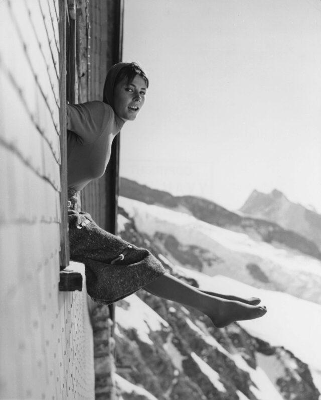 """Modeaufnahme für die italienische Zeitschrift """"Arianna"""", Jungfraujoch, um 1960"""