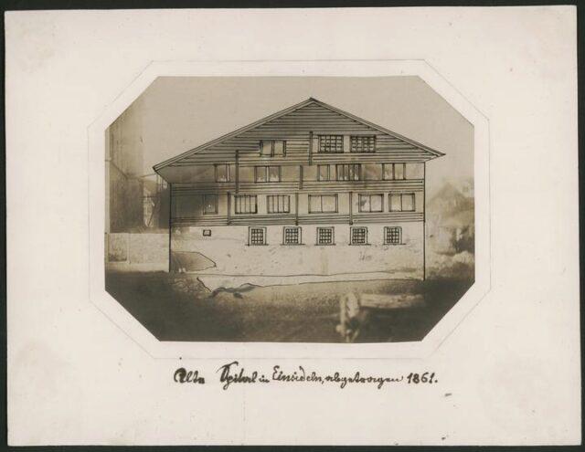 Eingezeichnetes altes Spital von Einsiedeln das 1861 abgetragen wurde