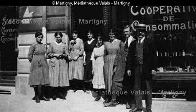 [La Coop et son personnel, Martigny]
