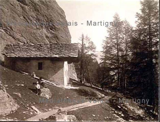 [Chapelle de Saint-Barthélémy, Val d'Hérens]