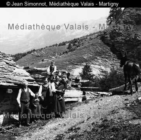 [Famille Anzéui à Motau, Val d'Hérens]