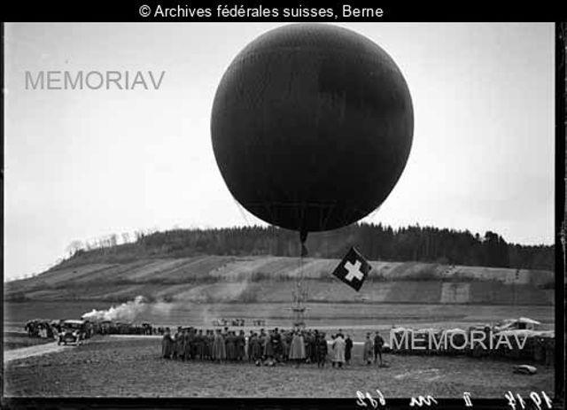 [Ein zum Fesselballon umgestalteter Freifahrtballon,Wyler-Oltigen]