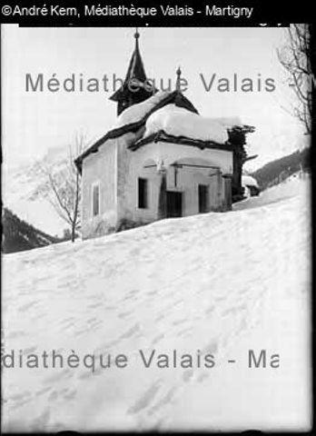 [Chapelle Saint Théodule en hiver à Grimentz, Val d'Anniviers]