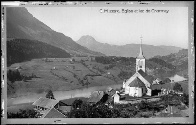 Eglise et Lac de Charmey