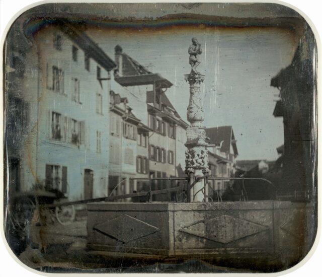Spalenbrunnen, Bâle. [Vue inversée]
