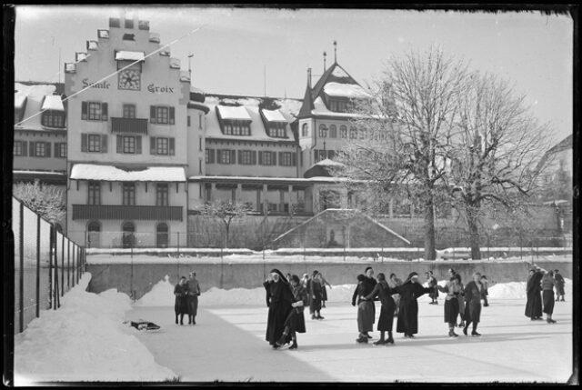 Institut Sainte-Croix, patinoire
